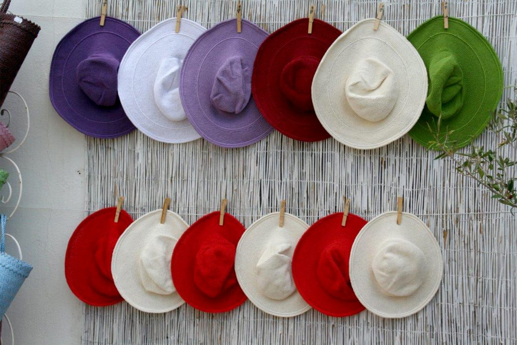 chapeaux click and fabric